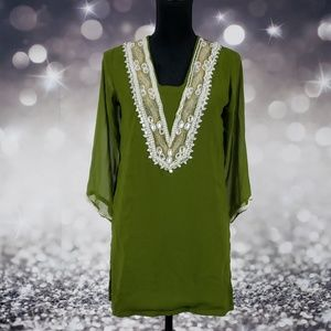 Gorgeous Embellished Dress With Pearl Cuffs